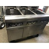 FryMaster Electric Fryer model # BIRE 314 CSD Electric 3 Bay Fryer Used