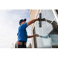 Window Cleaning Tip - Using the Right Equipment for the Job