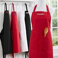 Get Personalized Aprons to Market Brand
