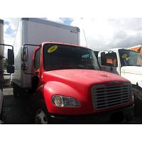 box truck 2007 Freightliner 24FT